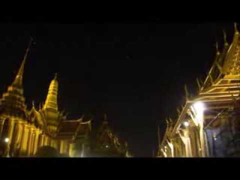 Wat Phra Kaew, Emerald Buddha Temple Bangkok by night