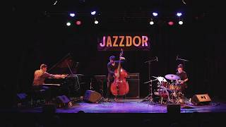 "Christophe Imbs ""Stabilo"" Live @ Jazzdor (w Anne Paceo, Joan Eche-Puig)"