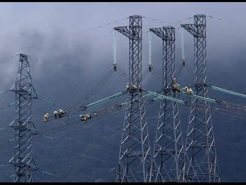 500 kV Substation Live Line Insulator Washing