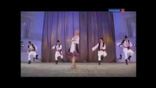 Танцуют все! Молдавский танец-шутка (пост. И. Моисеев)