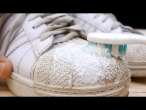 e4bd045ef37 HACK FOR HOW TO CLEAN YOUR WHITE SNEAKERS WITH TOOTHPASTE! HD - YouTube
