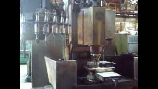 CC2В05ПМФ4 фрезерование бобышки(, 2012-05-12T17:42:01.000Z)
