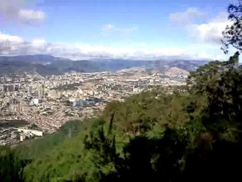 Caracas, Observada desde Waraira Repano.