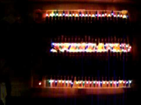 100 musical christmas lights