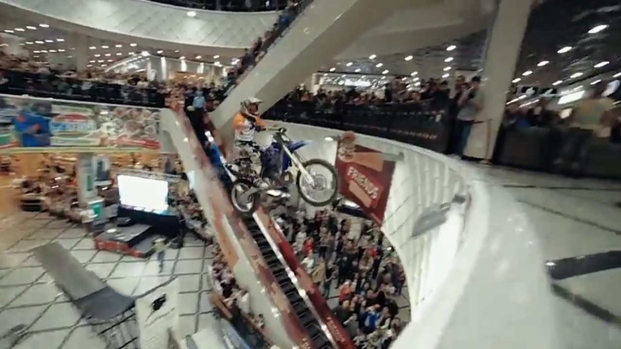 mall fail motorcycle jump