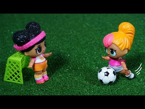 LOL SURPRISE DOLLS Join A Soccer Team And Go To Practice!