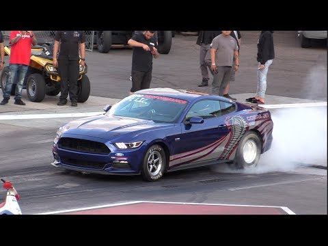 2016 Ford Mustang Cobra Jet Drag Racing at Bandimere Speedway