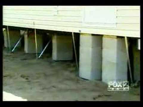 Tornado vs Mobile Home - YouTube on