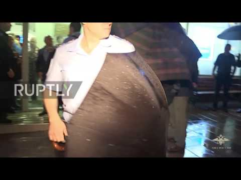 Russia: Bankrupt man with fake bomb surrenders after taking hostages at Moscow bank