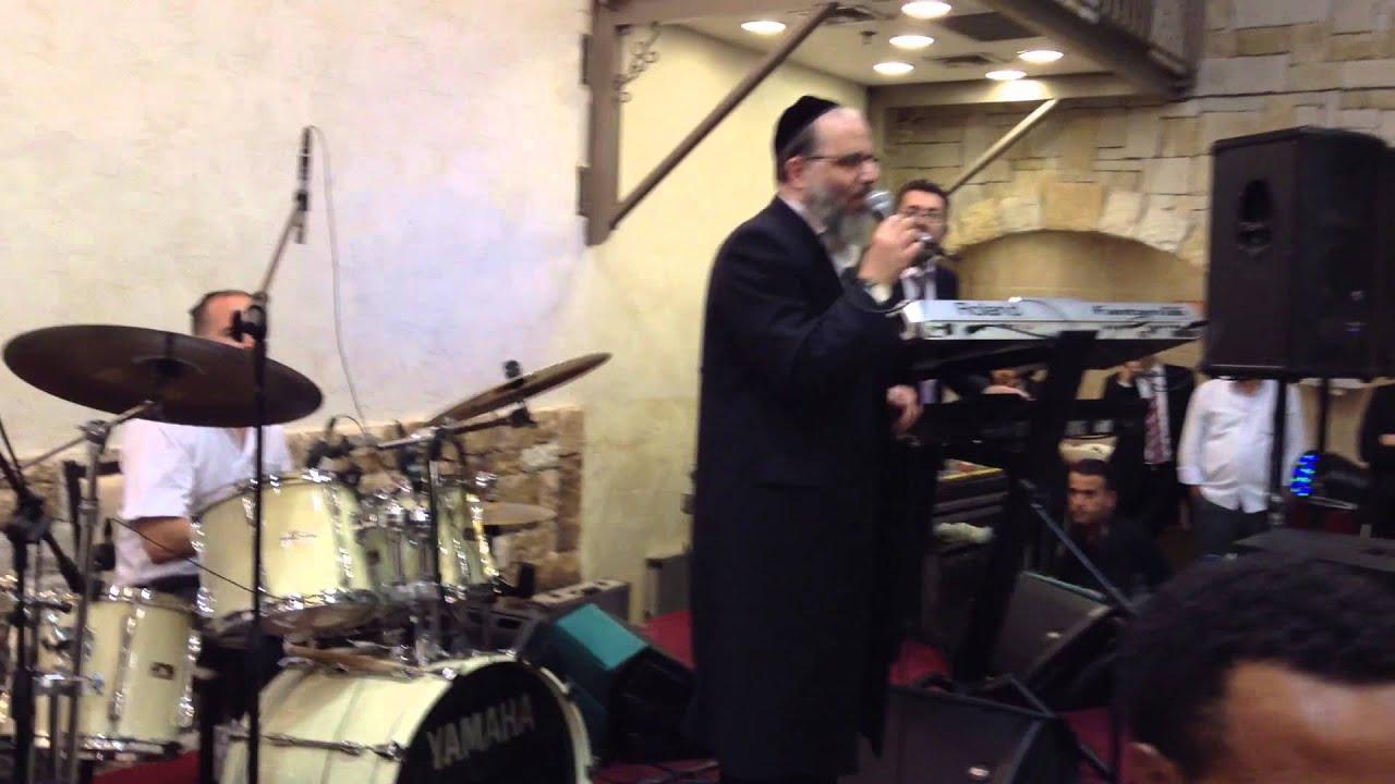 עמי כהן ותזמורתו עם שלמה כהן במחרוזת ריקודים באולמי שירת ירושלים