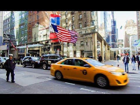 【4K】Walking in Manhattan From Herald Square to Columbus Circle
