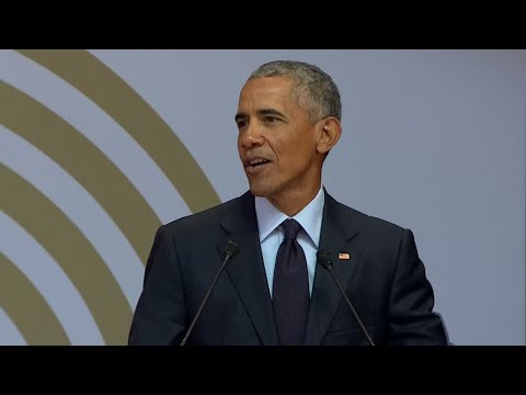 "Former US president Barack Obama : ""Strongmen politics are ascending!"""