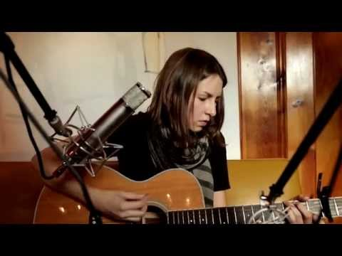 Brooke Annibale: Decide | Peluso Microphone Lab Presents: Yellow Couch Sessions