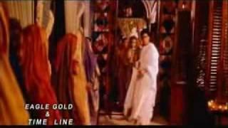 YouTube - Sher Miandad - Surkh Kapron Mein Nikla Hai Woh.flv