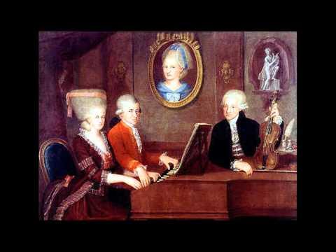 "W.A.Mozart - K. 44 Antifona ""Cibavit eos in adipe"""