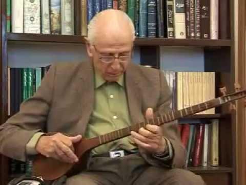Persian Music : Maestro Dr. Dariush Safvat plays Improvised on Setar    سه تار: داریوش صفوت