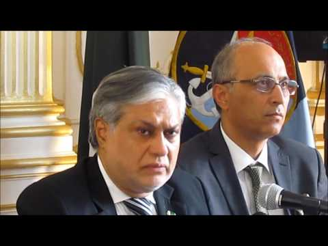 The Finance Minister of Pakistan meets with Paris Based Pakistani Press