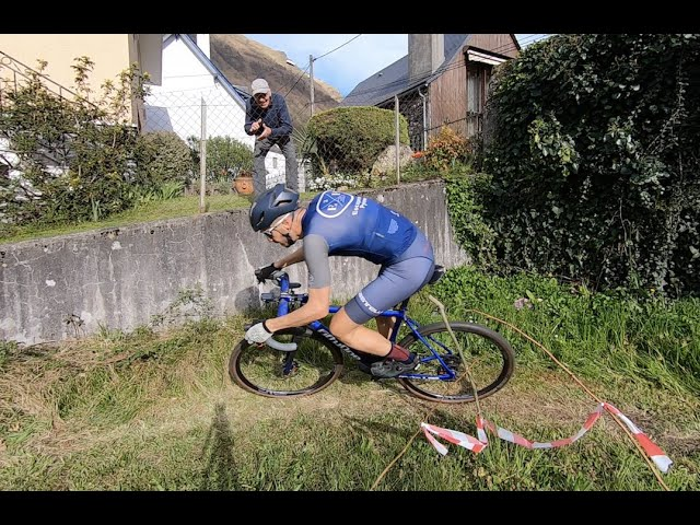 Cycling in France under lockdown - Garden Cyclocross!