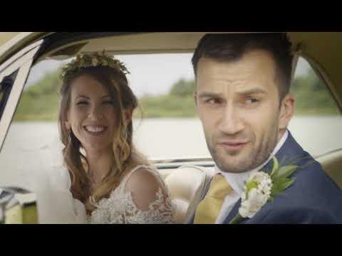 Kutsche mit reichlich Pferdestärken - Brautpaare entscheiden sich für den Ford Mustang als Hochzeitsauto (Video)