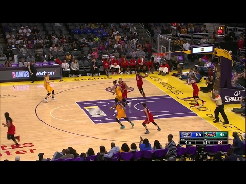 Candace Parker Scores 18 Points in 2017 WNBA Season Debut