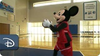 Mickey Mouse & Orlando Magic | Walt Disney World