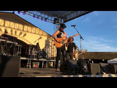 Michael Franti & Spearhead (With Ty Taylor) - Stay Human (Part II) with Intro