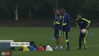 Mourinho Funny Trick - Flicks The Ball To His Assistant