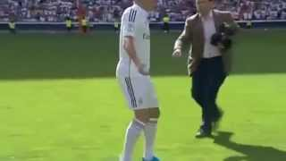 Toni Kroos Presentation & Free Style show in Santiago Bernabeu- New Real Madrid Player 2014