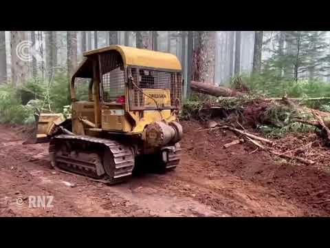 'Hillbilly Brigade' volunteers fighting major fires in Oregon
