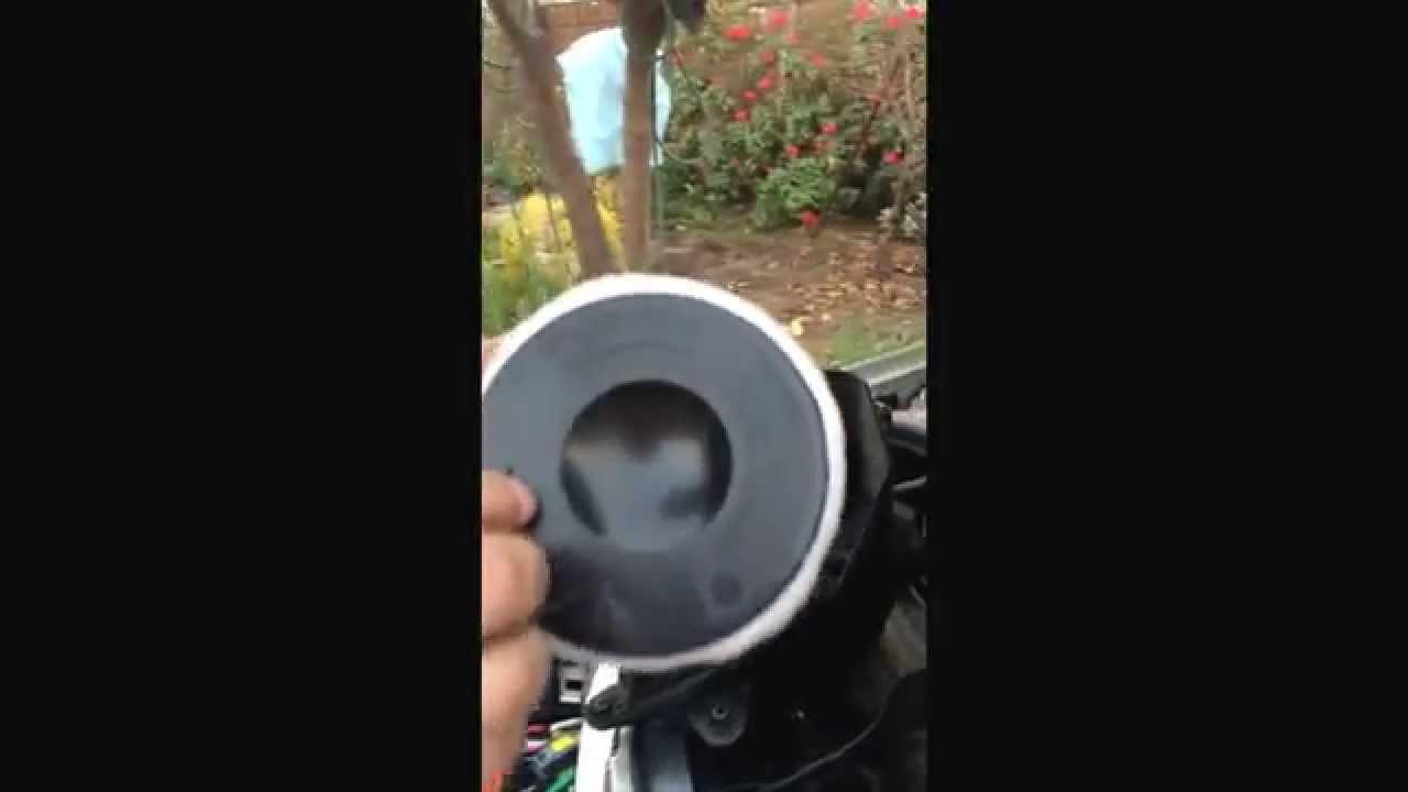 Cambio filtro aire bmw 116 a o 2009