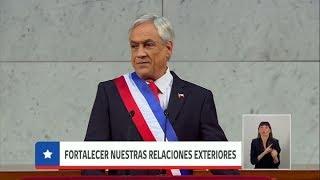 Durante una marcha feminista en Chile Piñera rectificó el proyecto de equidad de género