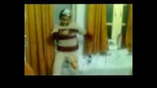 Funniest Dance ever on a Pakistani Mujra song.