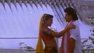 Pokiri Raja Movie    Kalaga Vachinavu Video Song    Venkatesh, Roja, Prathibha Sinha