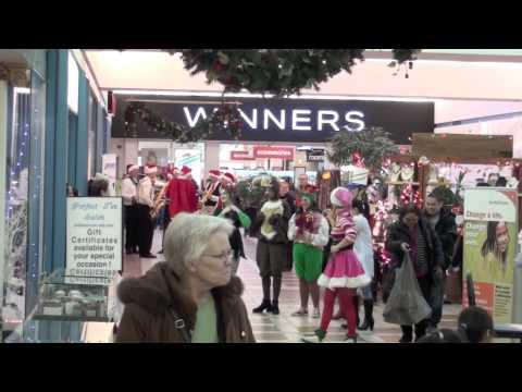 Garden City Christmas Parade 2012 with Unique Events Winnipeg Manitoba