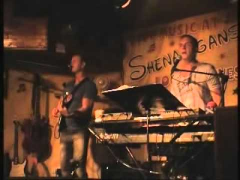 Looney Tunes live at Shenanigans Tenerife