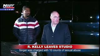 R. KELLY SPOTTED: R&B Singer Leaves West Side Chicago Studio Friday Night (FNN)