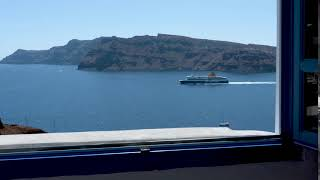 The best views in Santorini, Oia are at Esperas Santorini hotel