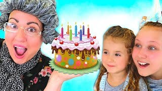 Ruby & Bonnie Pretend Play w/ Happy Birthday Cake Surprise Party Toys
