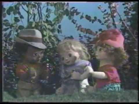passe partout 1977 vs passe partout 1988 les marionnettes youtube. Black Bedroom Furniture Sets. Home Design Ideas