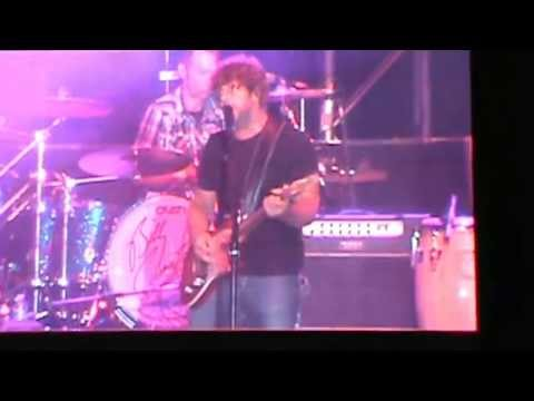 Billy Currington at Country USA 2013 - Pretty Good At Drinking Beer/Love Done Gone