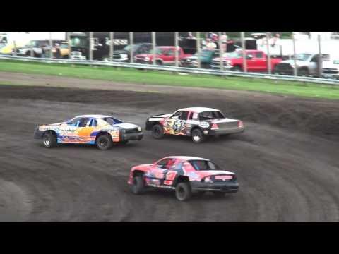 IMCA Stock Car feature Benton County Speedway 7/24/16