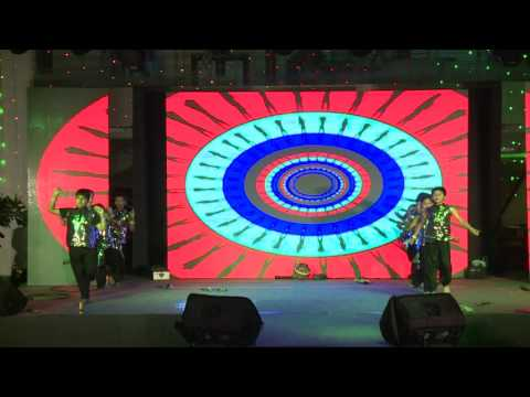 Space Theme Dance - Kids Group - choreographed by Rajshree - YOGSHALA