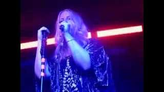 Polly Scattergood - Disco Damaged Kid (Live @ Hoxton Square Bar & Kitchen, London, 19/11/13)