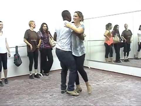 Pagode  de Dança com o prof Heraldo Matias
