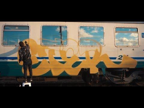 Gorilas en la niebla TOUR |ITALIA| GRAFFITI BOMBING · Bella Ciao ·
