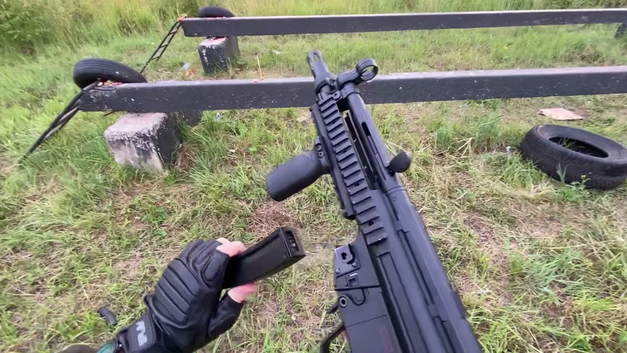 Shooting and Reloading the MP5