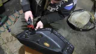 СВОИМИ РУКАМИ: Перетяжка сиденья, скутер Honda Dio 27,28(, 2013-02-16T17:02:27.000Z)