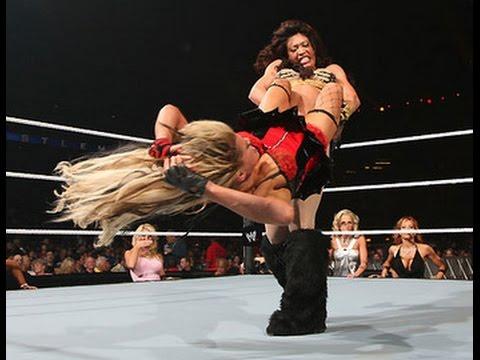 Eve: Top 10: WWE Divas - AskMen