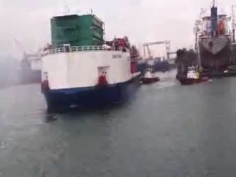 ATA OFFSHORE IS TOWING AN ACCOMODATION OFFSHORE BARGE