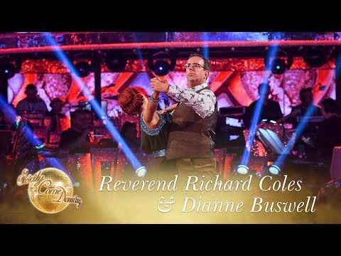 Reverend Richard Coles & Dianne Buswell American Smooth to 'Love Really Hurts Without You'